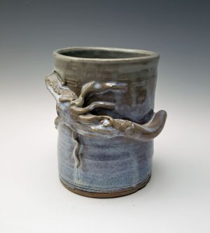 Dragon utensil jar